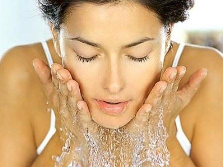 Мицеллярная вода. Википедия: мицеллярный раствор