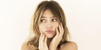 Сухая кожа головы: причины и лечение. Сухая кожа головы и чешется