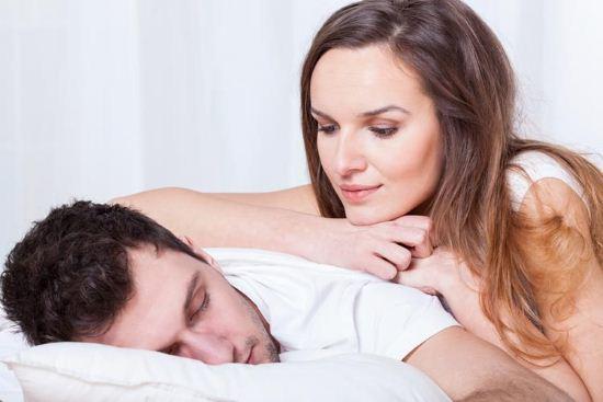 Почему люди разговаривают во сне. Причины
