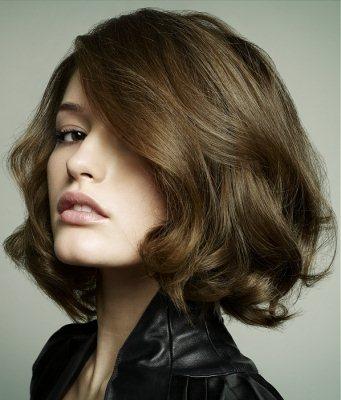 Стрижка на короткие волосы придающая объем, фото
