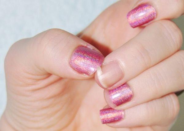 К чему снится красить ногти лаком