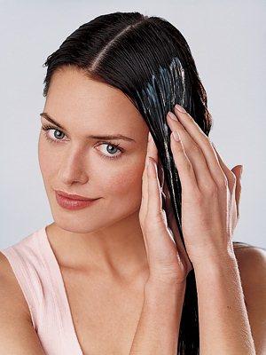 Применяйте укрепляющие маски для волос