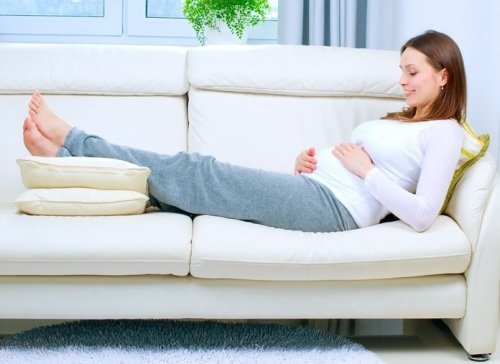 Как уменьшить отеки при беременности