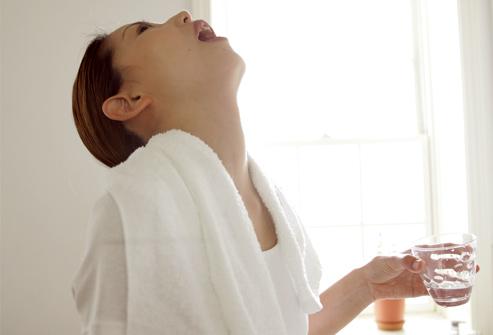 Какие капли от насморка можно принимать беременным