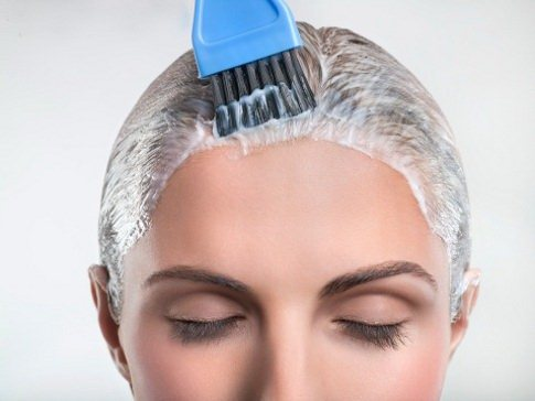 Сухая кожа головы и перхоть. Что делать для лечения
