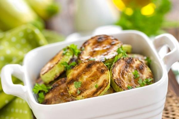 Кабачки – рецепты быстро и вкусно. Диетический рецепт