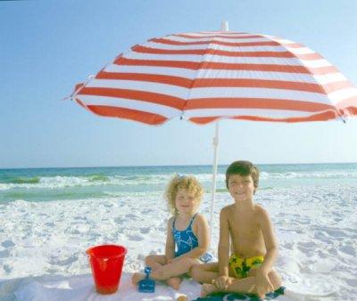 Как помочь ребенку при солнечном ожоге