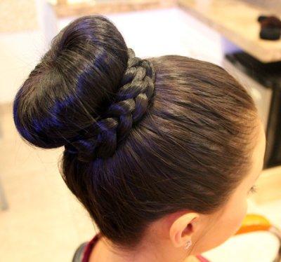 Прически на выпускной на средние волосы (пошагово)