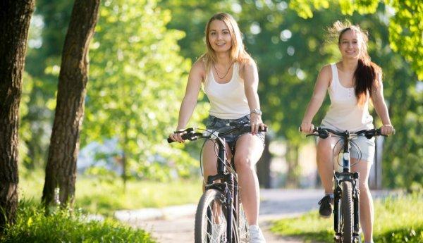 Растяжки на спине у подростков. Причины, как избавиться
