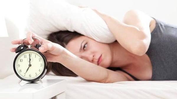 Симптомы беременности в первые дни задержки месячных