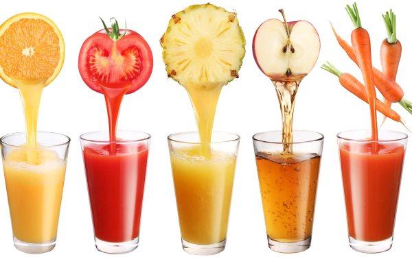 Вы должны пить только соки некоторых фруктов, чтобы вывести токсины из вашего организма.