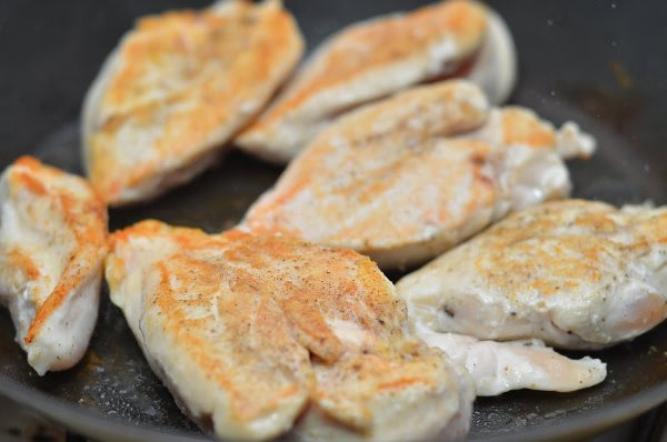 Филе курицы: рецепты на сковороде - быстро и вкусно