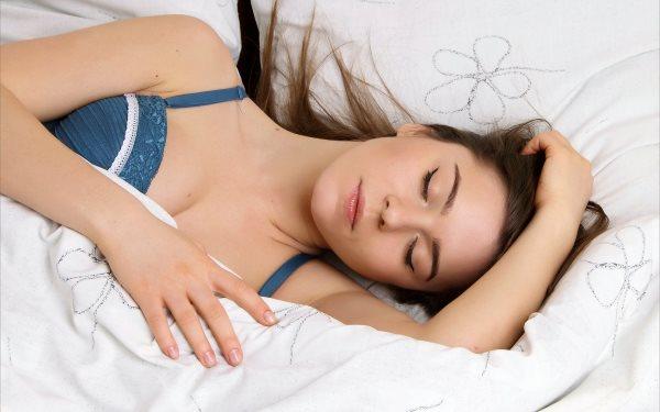 Как быстро уснуть за 5 минут