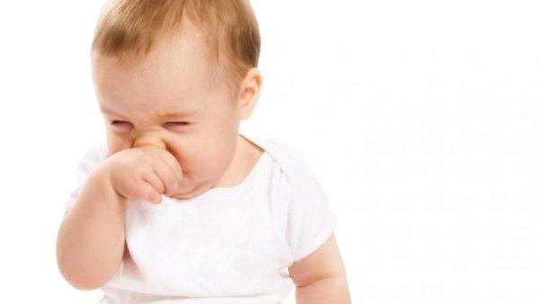Как лечить насморк у ребенка. Комаровский (видео)