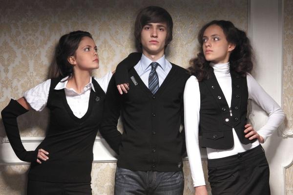 Модная школьная одежда для девушек