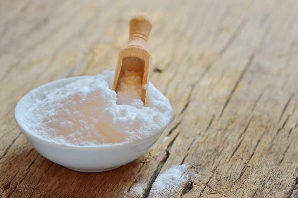 Можно ли отбелить зубы содой пищевой