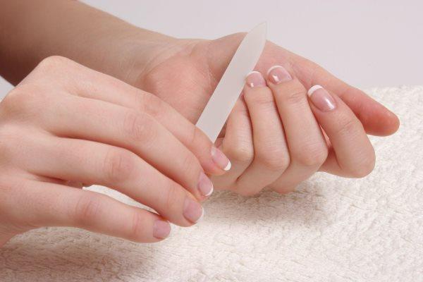 Как красиво подпилить ногти на руках