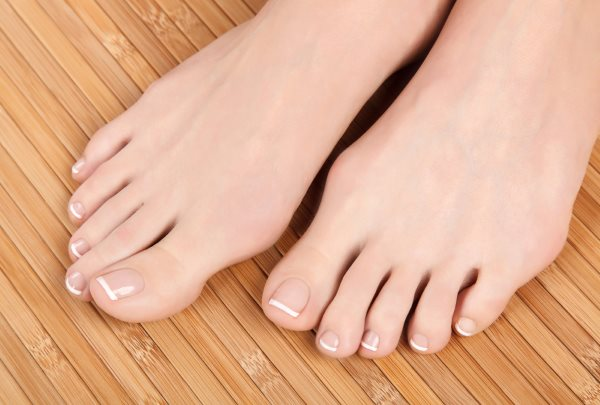 Нити мицелия на ногтях. Лечение