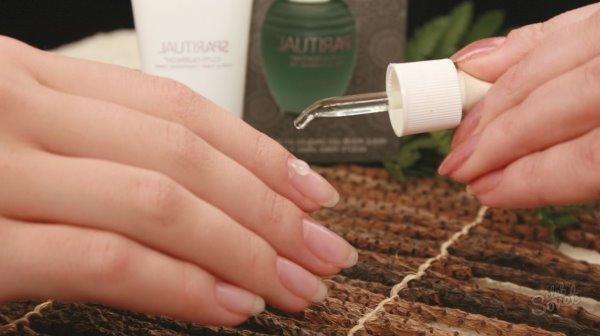 Укрепление ногтей маслами