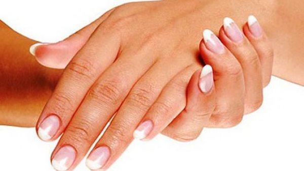 Основные причины сухости и трещин кожи на руках