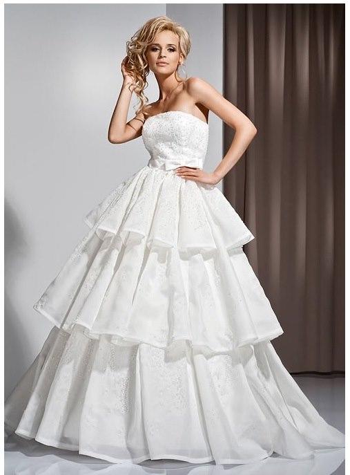 Как правильно выбрать свадебное платье: советы модельеров