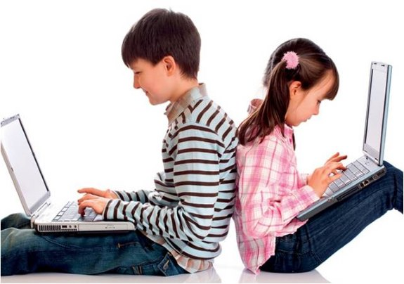 Дети с ноутбуками