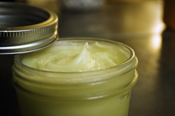 Мазь из лопуха с подсолнечным маслом