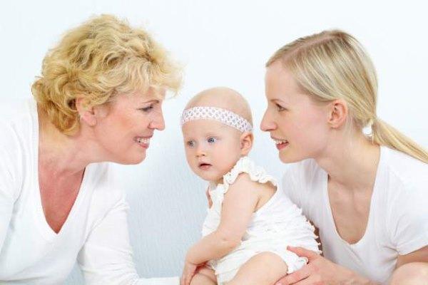 Бабушка, мама, дочка