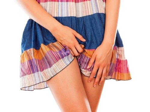 Зуд в паху у женщин: симптомы и лечение