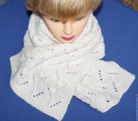 Ажурный белый шарф