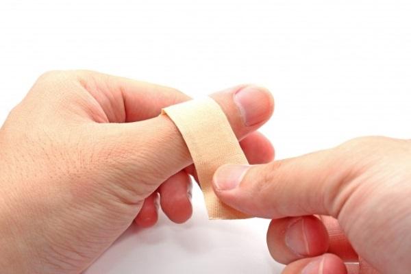 Зверобой. Полезные свойства и противопоказания. Применение в народной медицине для женщин, мужчин и детей
