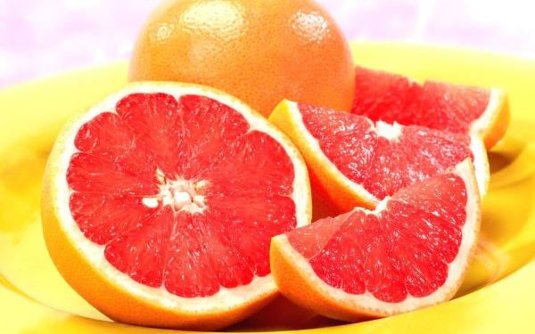 Грейпфрут. Польза и вред для здоровья, похудения. Калорийность, БЖУ, салат при беременности, масло грейпфрута, свойства и применение для женщин