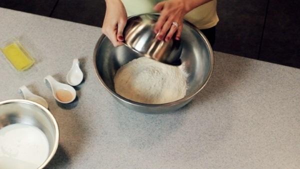 Хачапури по-аджарски с сыром, творогом, из слоеного, дрожжевого теста, лаваша, на кефире. Рецепты, как приготовить