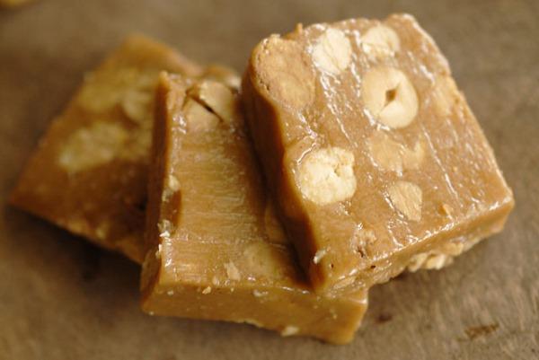 Халва. Состав, калорийность, польза и вред для организма. Подсолнечная, арахисовая, кунжутная, тахинная, узбекская, на фруктозе, фисташковая, ореховая