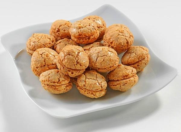 Печенье Курабье. Рецепт, калорийность песочного, бакинского по ГОСТу, крымско-татарского. Как приготовить