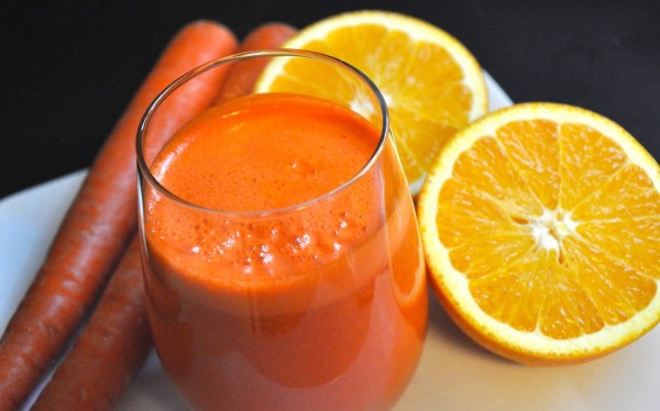 Морковный сок. Польза и вред, рецепт на зиму, как приготовить свежевыжатый сок в домашних условиях. Как правильно давать ребенку