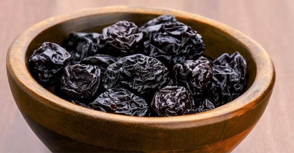 Чернослив. Полезные свойства, рецепты, от чего, сколько и как принимать, противопоказания