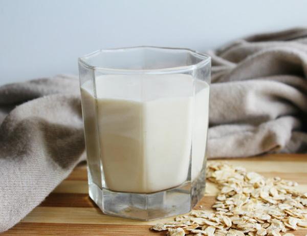Овсяное молоко. Польза и вред, как приготовить, принимать