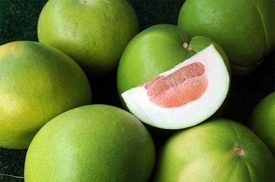 Свити фрукт. Полезные свойства, вред, что это такое, вкус, как чистить. Фото