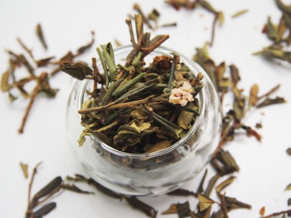 Саган Дайля чай. Полезные свойства, вред, как правильно заваривать, противопоказания